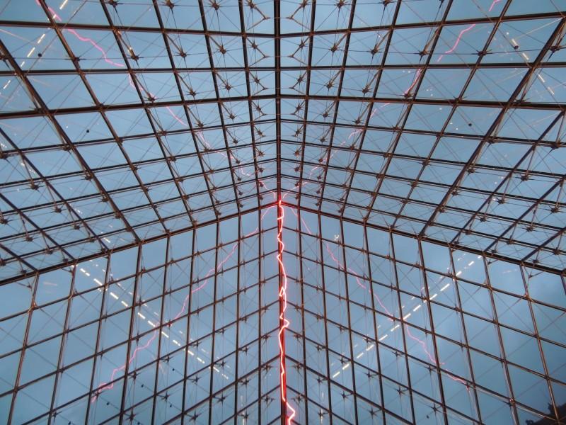 Claude Lévêque, Sous le plus grand chapiteau du monde, 2014, musée du Louvre