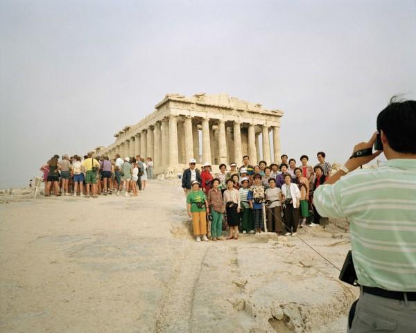 Martin Parr, L'Acropole d'Athènes, 1991 - Parthénon, 447-438 av. J.-C. © Martin Parr/Magnum Photos