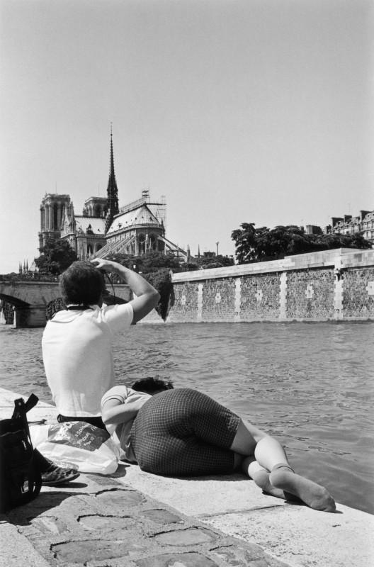 Le derrière de Notre-Dame, Paris, 1981 © Jean-Philippe Charbonnier / Gamma-Rapho